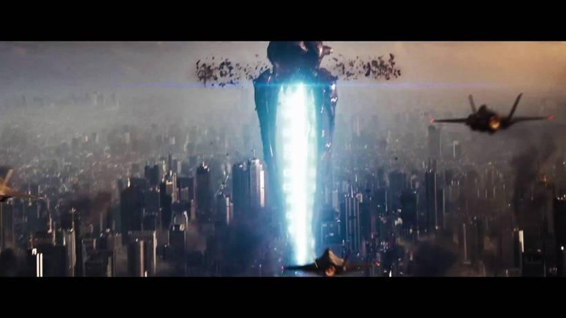 Pesawat Alien di man of Steel. Mirip Reapernya Mass Effect banget yak?