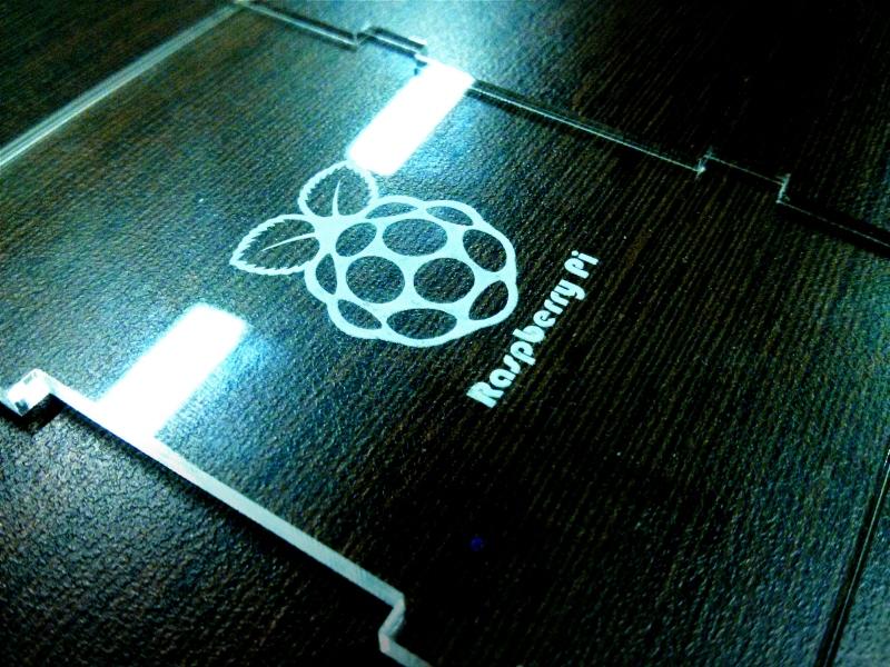 Raspberry di BlackBerry: ini dia nih kemasan daripada RaspBerry Pi :-)