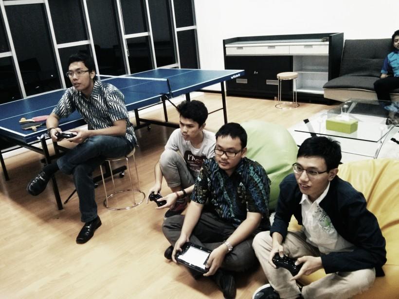 428. Manfaat internship di Startup! Selain belajar bersama juga ada waktu bermain bersama.