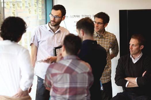 16454.  Startup: Perbedaan acara konferensi dan workshop! Ini dia 454.  Startup: Perbedaan acara konferensi dan workshop! Ini dia workshop. Orangnya lebih sedikit dan ada mentornya. Lebih banyak dapet ilmu lah.