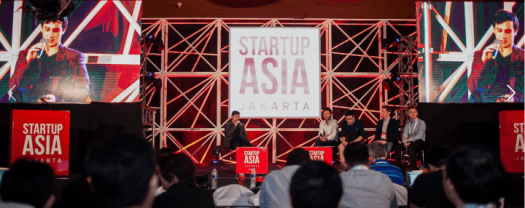 454.  Startup: Perbedaan acara konferensi dan workshop! Ini dia konferens. Rame, pembicaranya banyak dan saking banyaknya ada paralel sessions